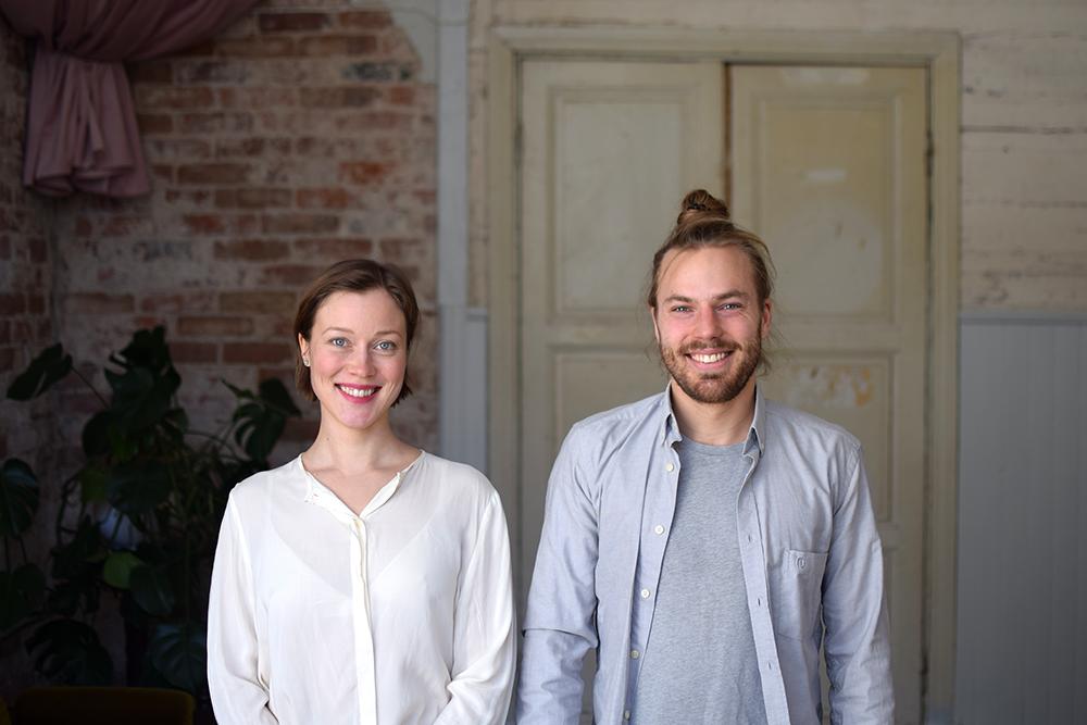 Annamari ja Eero Alho ovat ekologiseen rakentamiseen erikoistuneista arkkitehteja.