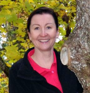 Fysioterapeutti Jaana Koskinen tarjoaa kotikuntoutuspalveluja ja ikäihmisten kuntoutusta oman yrityksen kautta.