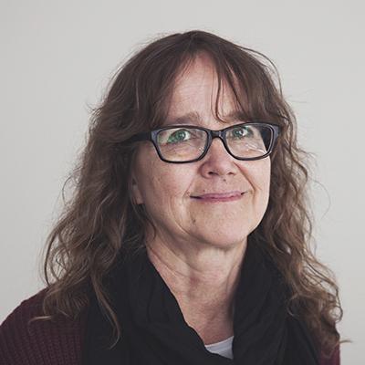 Kuvassa Setan koulutusasiantuntija Marita Karvinen.